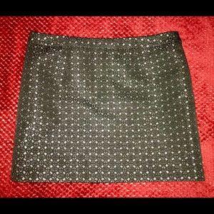 GAP Black Silver Textured Skirt Sz 8